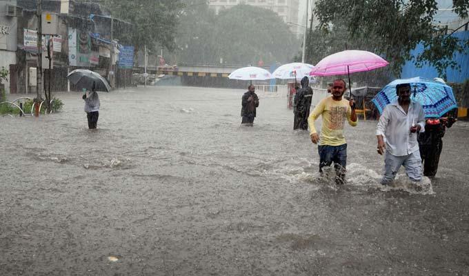 #MumbaiRains : Live Updates