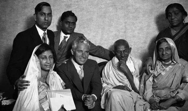 40+ Rare photos of Mahatma Gandhi