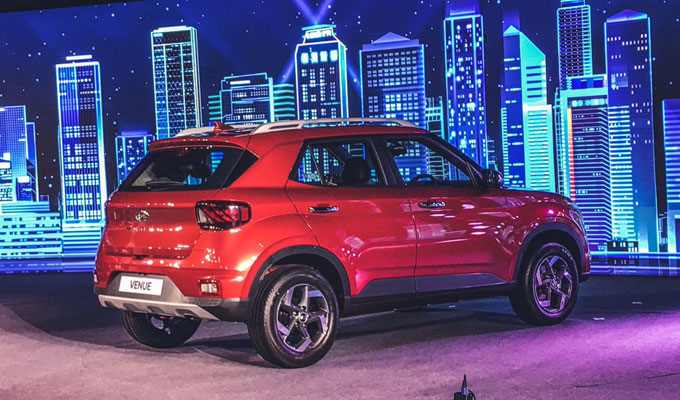 New Hyundai Venue 2019 Images, Interior Details and Price