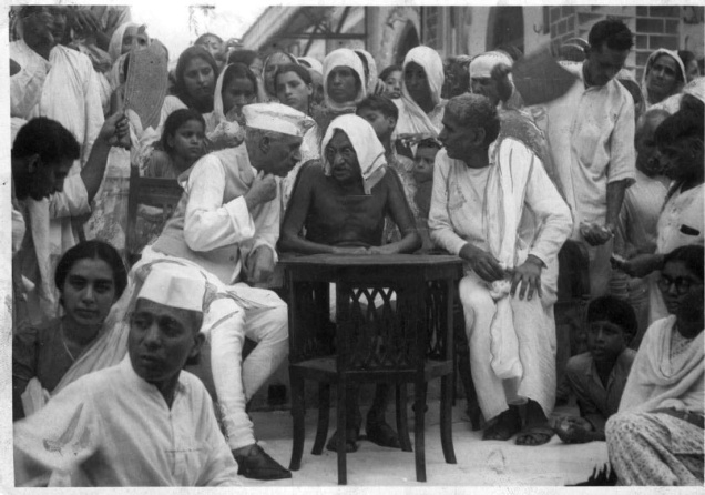 40+ Rare photos of Mahatma Gandhi