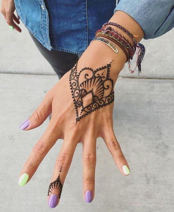35 Beautiful Mehndi Designs Henna Hand Art