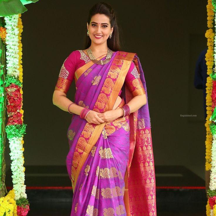 Amazing Bollywood Style - (36 Photos)